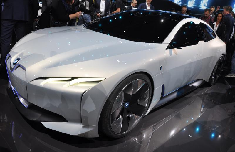 BMW will build new EV similar to its 4 Series - Photo