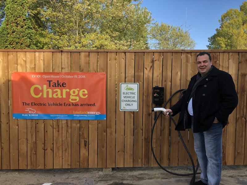 Lakeland Utilitie installs first JuiceBox Commercial units made by Autochargers.ca - Photo