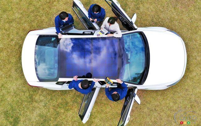 A Solar-Power Roof to Recharge Your EV's Batteries - Photo