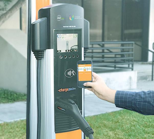 Canada Invests in Cleaner Transportation and Celebrates 100th EV fast charger in Toronto - Photo