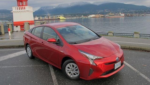 By 2040, all new cars sold in B.C. must be electric or hybrid - Photo