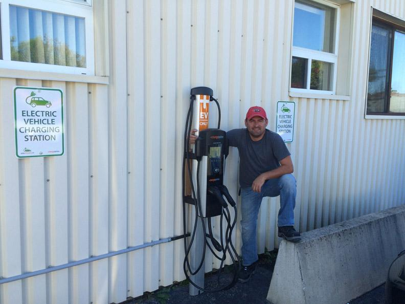 Complete Installation of CT4000 Wall-Mount Station at Superior Glove in Acton, ON - Photo