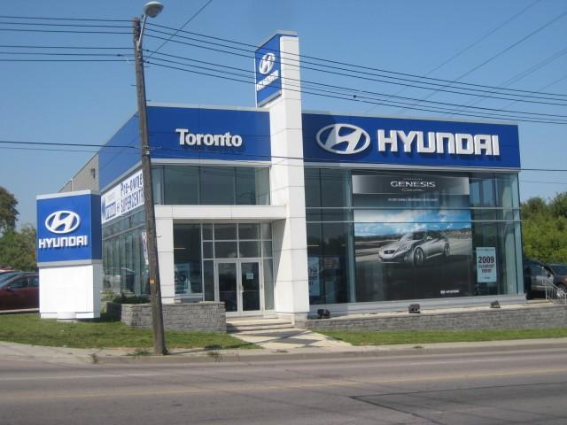 One CPF25 and one CT4000 ChargePoint Station are Installed at Toronto Hyundai Dealership. - Photo