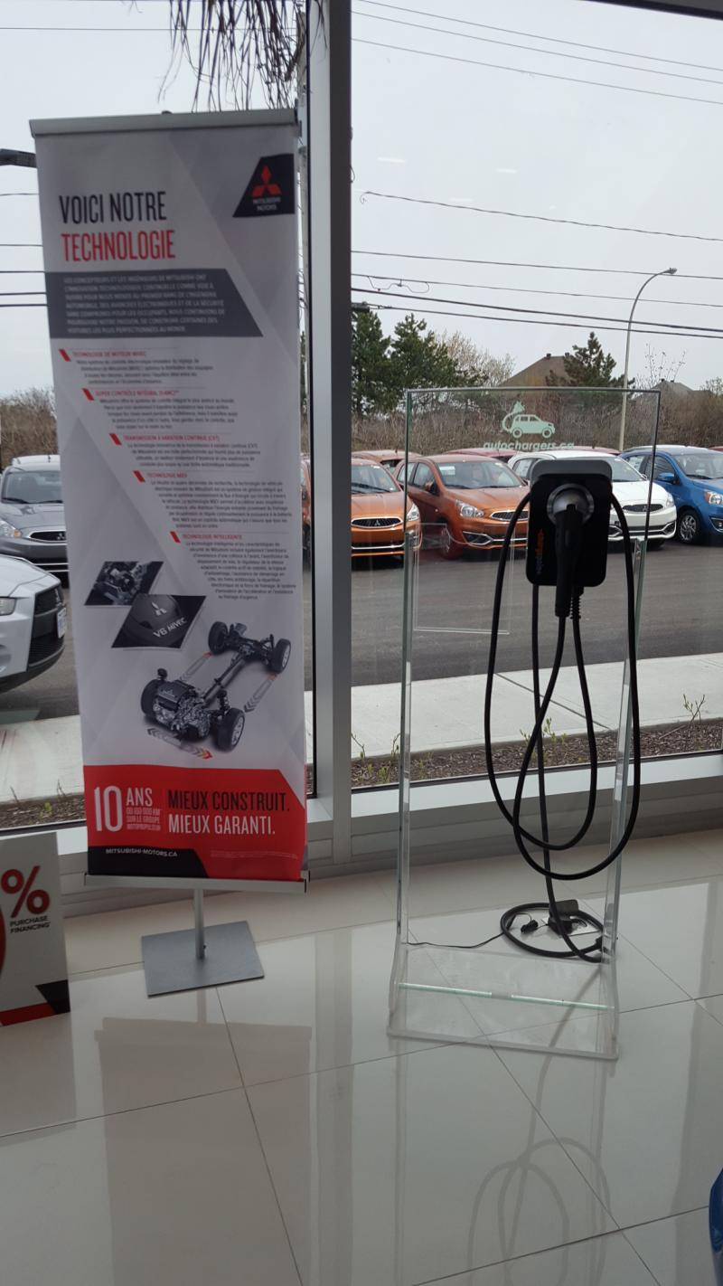 Autochargers.ca CP Home Display Program à Rallye Mitsubishi à Gatineau, QC - Photo