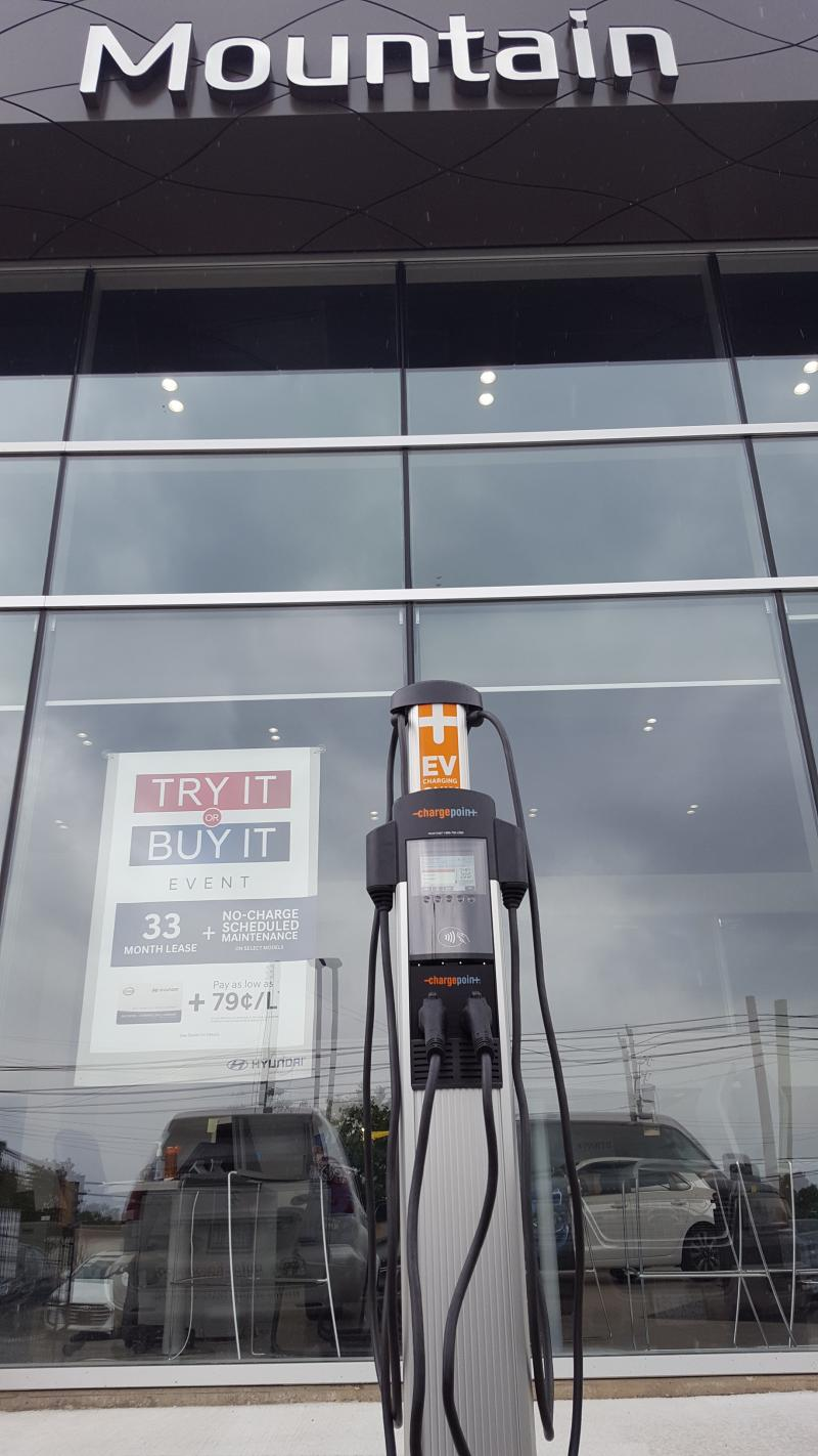 CT4000 Station is Installed at Mountain Hyundai in Hamilton, ON - Photo